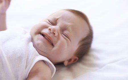 دعاهایی برای رفع گریه و بی تابی کودک